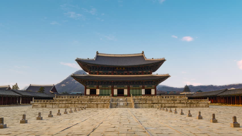 Seoul city timelapse at Gyeongbokgung Palace, Seoul, South Korea 4K Time lapse