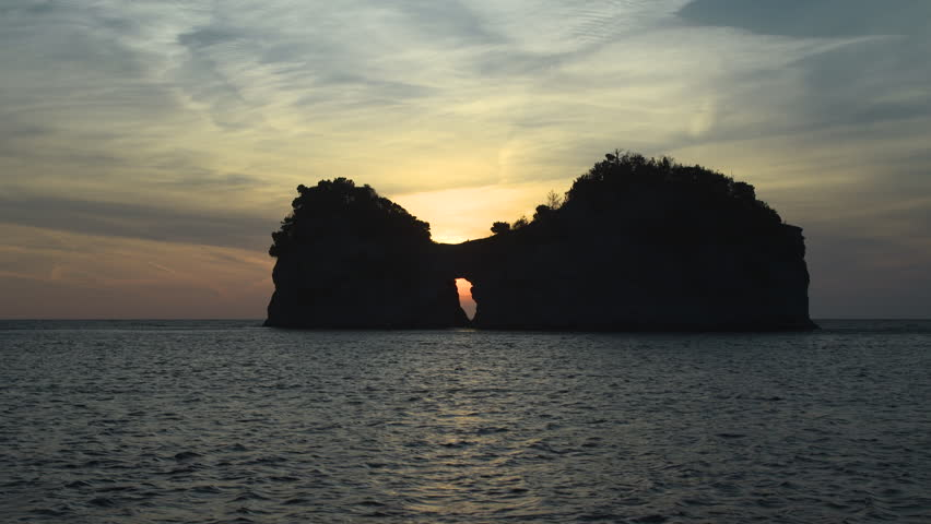 Takashima (ENGETSU ISLET): selected as one of the 100 most beautiful sunset-watch spots in Japan.