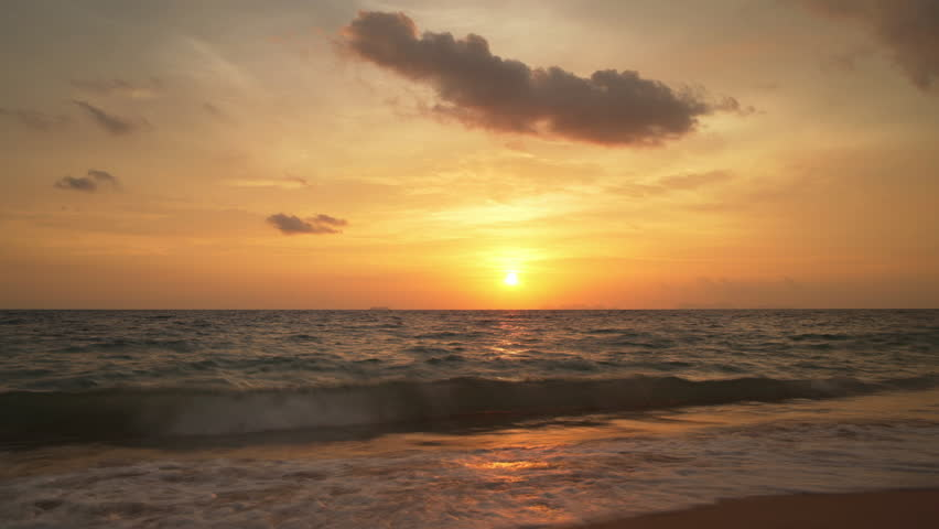 Picturesque timelapse of sun setting over Andaman sea (Indian ocean), Thailand. | Shutterstock HD Video #1008283411