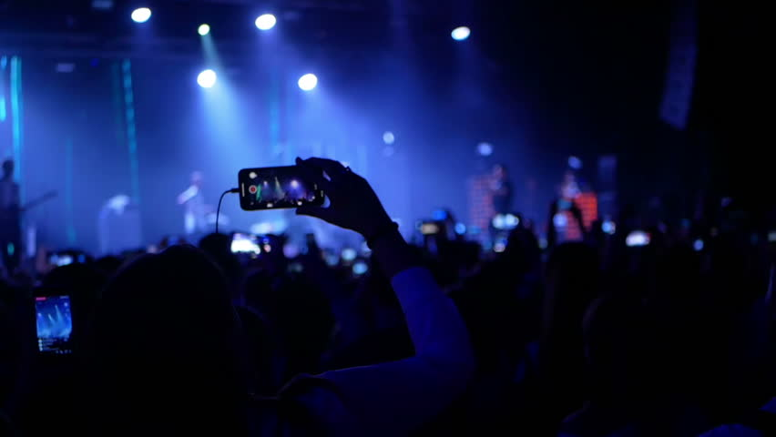 Concert Live Streaming Mobile Phone Stock Footage Video (100% Royalty-free)  1011770861 | Shutterstock