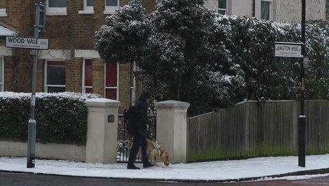 snowy roads london