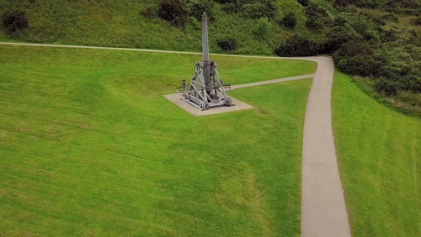 Urquhart Castle ruins - low altitude trebuchet approach and orbit