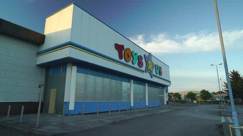 poole, Dorset / United Kingdom (UK) - 05 31 2018: London/uk - May 31st 2018: Toys R US closed down building