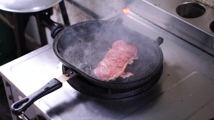 Australia Wagyu Beef Medium Rare Stock Footage Video (100% Royalty-free)  1014188531 | Shutterstock