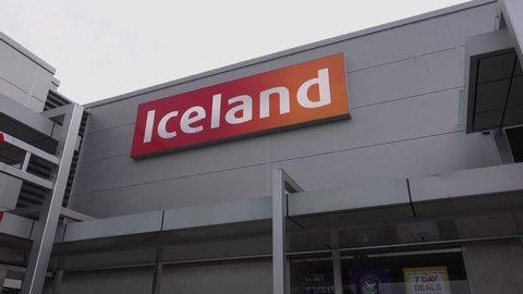 Bishopbriggs, Glasgow, Scotland, UK; September 16th 2018: Iceland store at Strathkelvin retail park. Panning right.