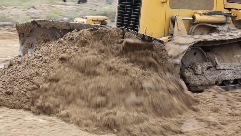 Header of bulldozer