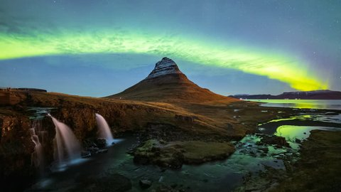 4K Time lapse of Aurora Borealis (Northern lights) over Kirkjufell mountain, Iceland