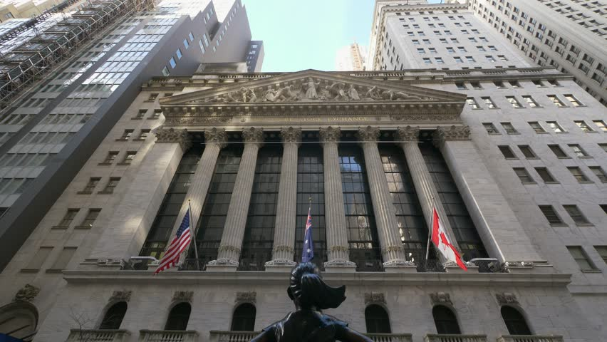 New York City United States January 17th 2019 Fearless Girl statue at Wall Street Stock Exchange New York City