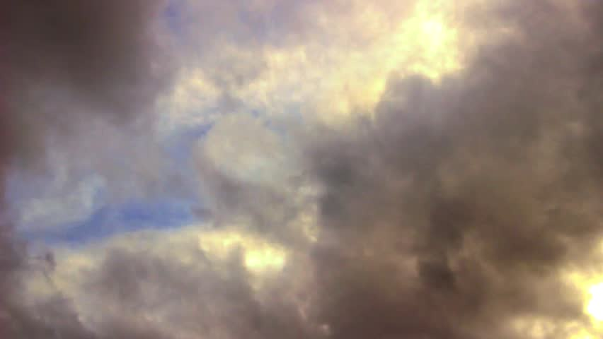 A time lapse clip of a dramatic cloudy sky | Shutterstock HD Video #1025228321