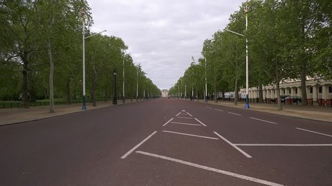 4K footage The Mall in London, UK, leading to the Buckingham Palace, in the morning of a bank holiday