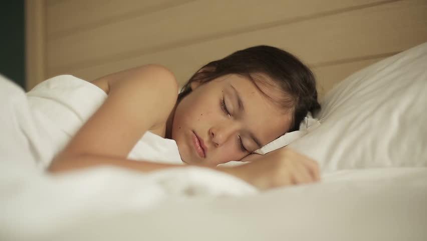 4K, Beautiful Asian Girl Sleeping And Smiling In Her Sleep -7958