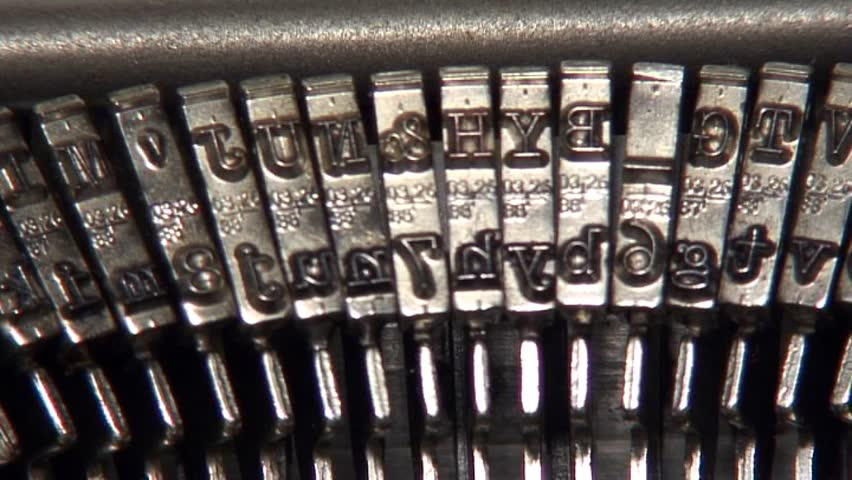 Typewriter, close shot