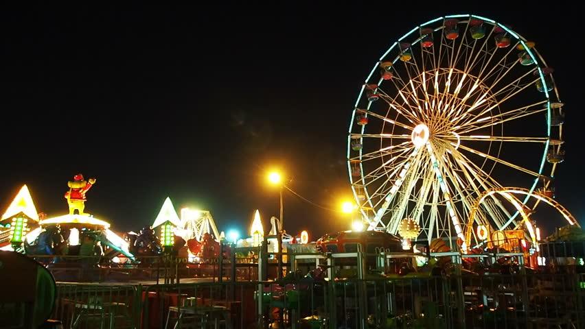 NAKHON RATCHASIMA,THAILAND-AUGUST 27: Save one night market Siam carnival funfair , NAKHON RATCHASIMA,THAILAND-AUGUST 27,2015