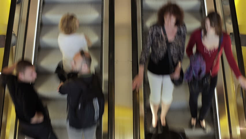 Escalator Both Directions : Time Lapse