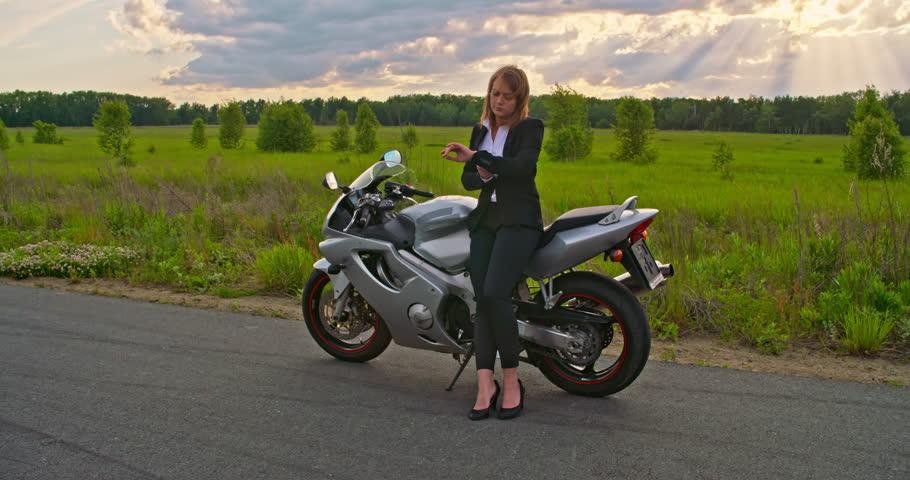 nude sexy woman rider