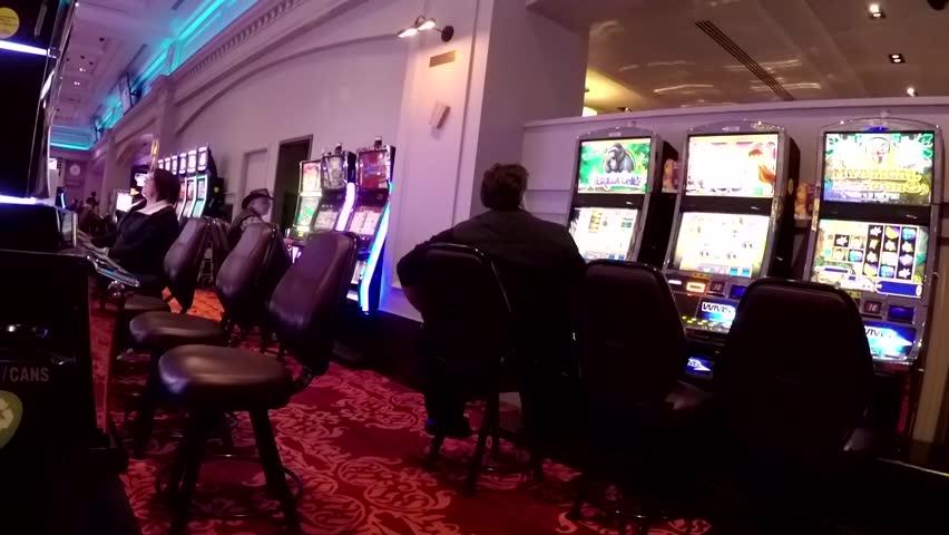 Какое казино сегодня хлопнули в москве игровые автоматы онлайн бесплатно без регистации