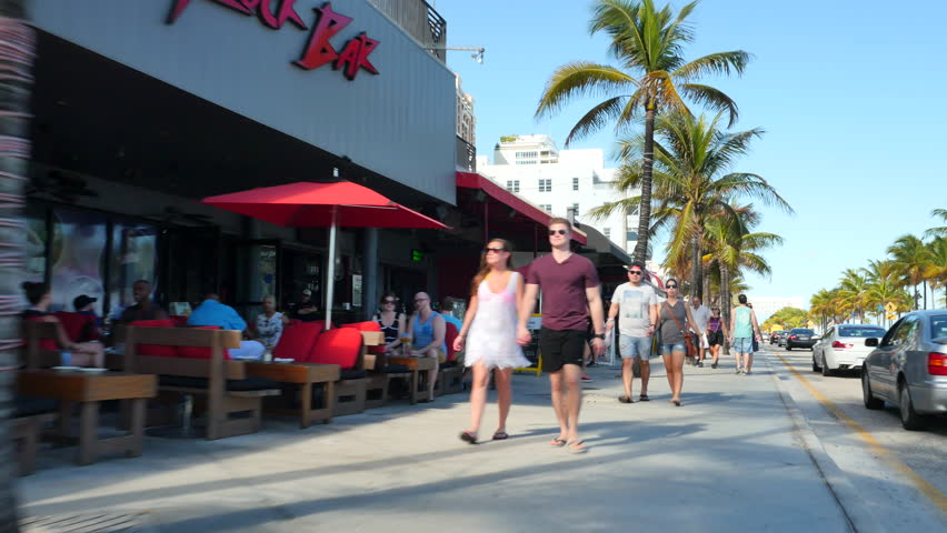 Stock Video Clip Of Fort Lauderdale December 20 Tourists Dining Shutterstock