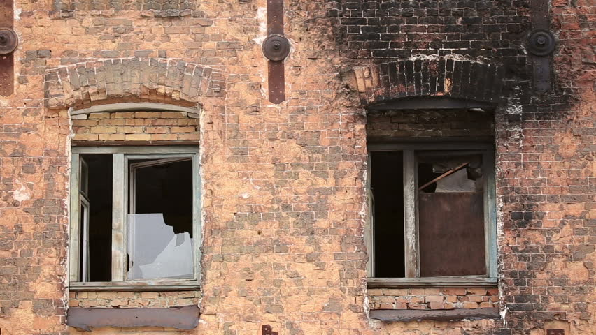 samara samara regionrussia march 24 the windows of the old multi - Brick House 2016