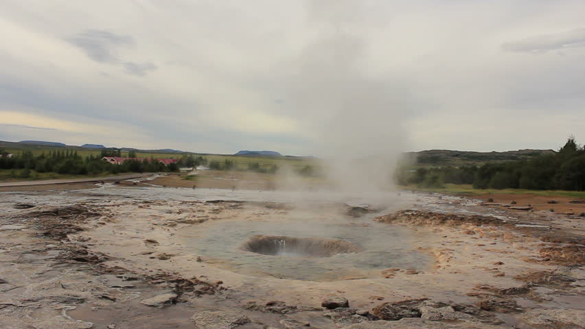 "Eruption of Iceland's largest geyser ""Strokkur"" (wide shot)"
