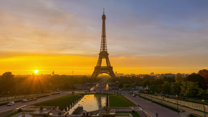 4K timelapse of Paris at sunrise with the Eiffel Tower at the Trocadero gardens.