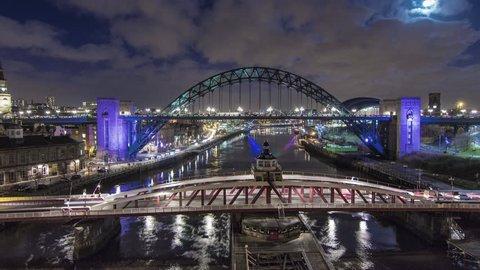 WS T/L City at night / Newcastle upon Tyne, Tyne and Wear, England, UK(Newcastle, Tyne & Wear, UK - November, 2013)