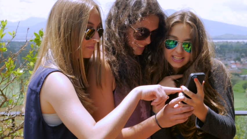 teenage-we-love-teen-girls-password-bella-gif-desi