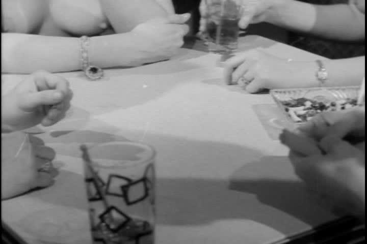 strip-poker-video-oben-ohne