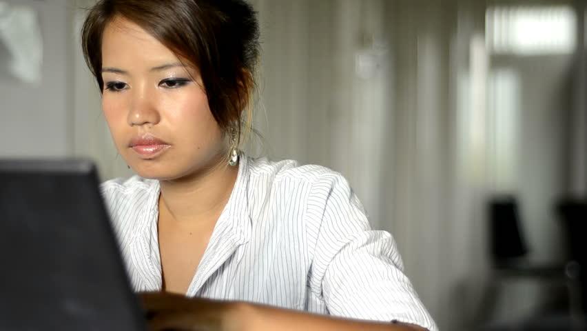 Asian clip model spanish video