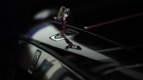 Rolls Royce Ghost, Spirit of Speed Symbol