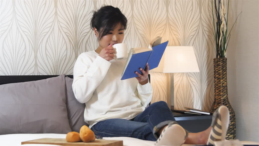 Image result for pictures of women reading leisure
