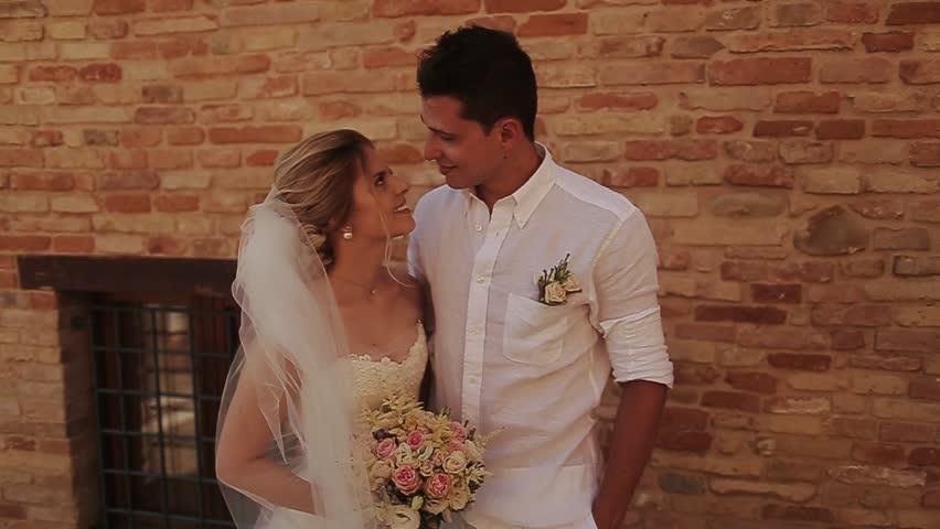 pamela anderson's wedding dress
