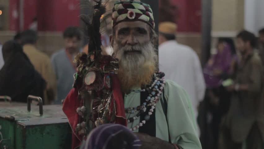 Header of qalandar