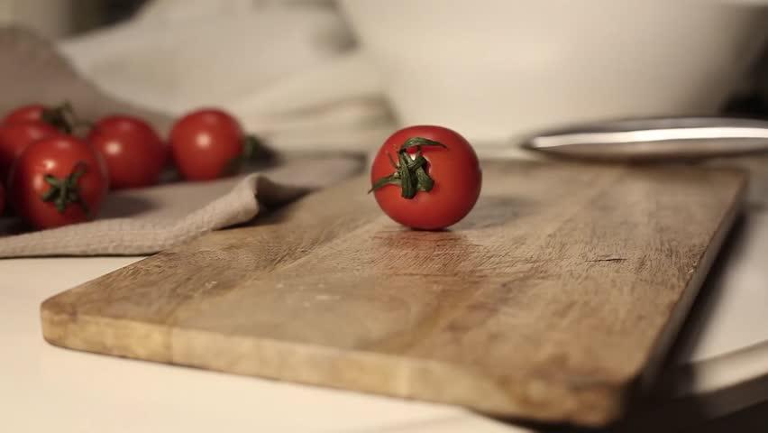 Slicing tomatoes #23727277