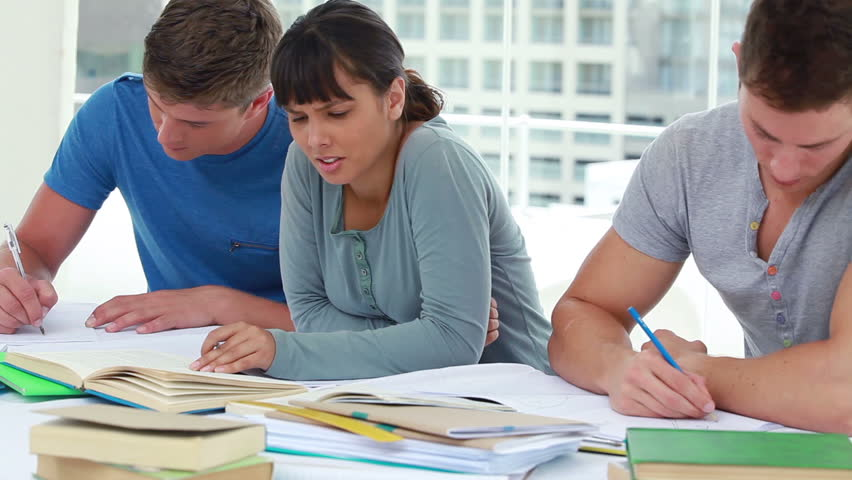 introduction to high school vs college The week after labor day traditionally marks the start of the semester for high school and college when did introductory classes introduction to.