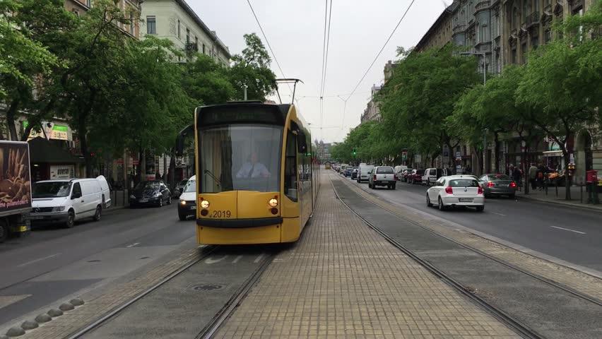 Header of trolley car