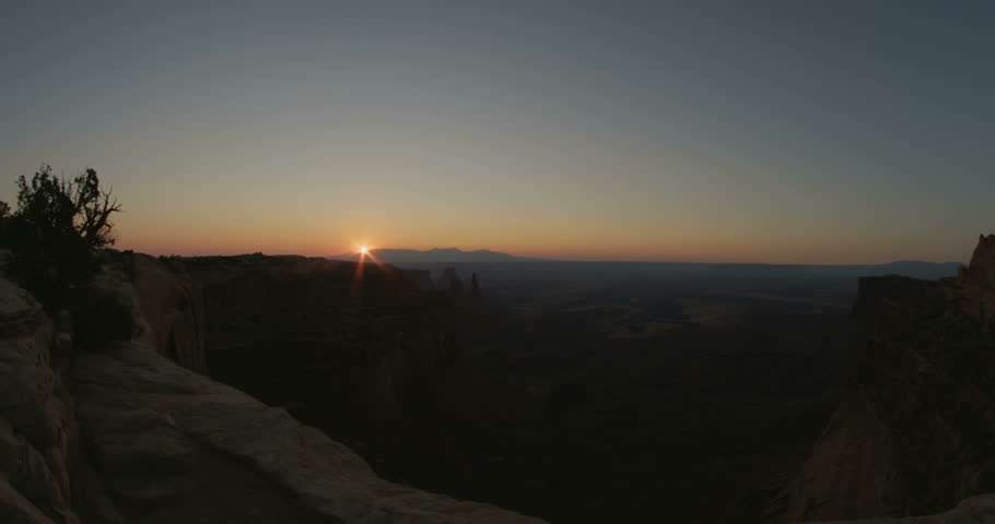 Canyonlands National Park Timelapse Sunrise on a clear morning in Moab, UT in 4K