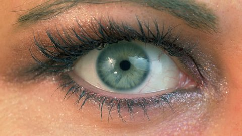 High quality video of human eye With eyeshadow in 4K