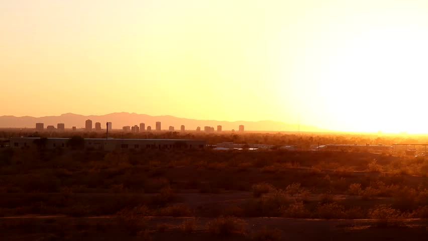 Sunset in Phoenix/Arizona, with the downtown in the background
