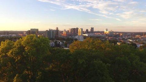 Nashville skyline in the Fall