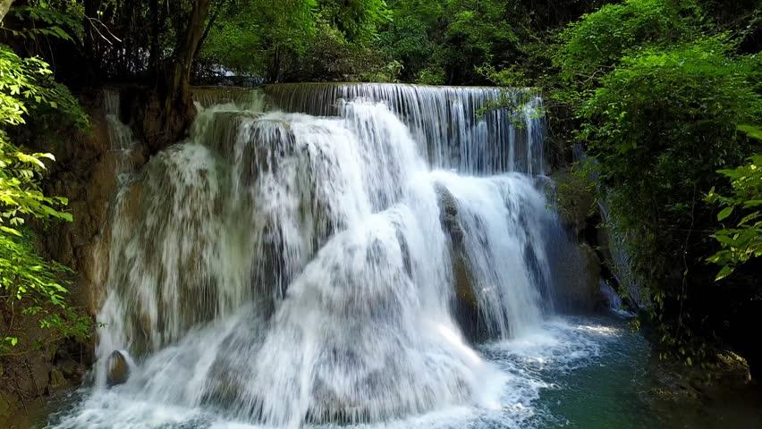 4k movement up motion on beauty waterfall