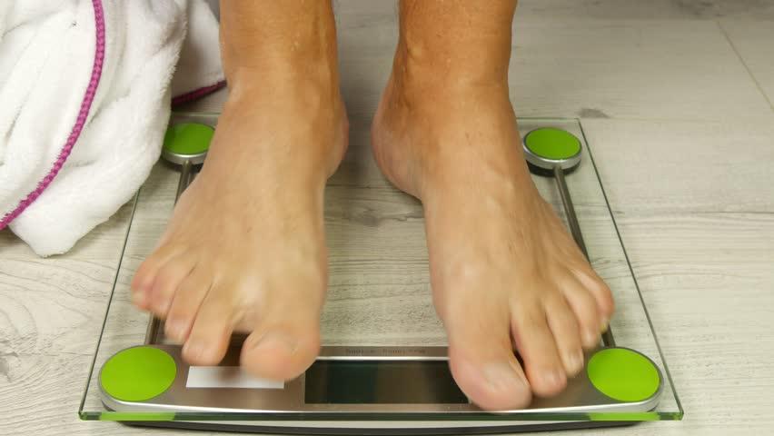Ultra high definition barefoot videos