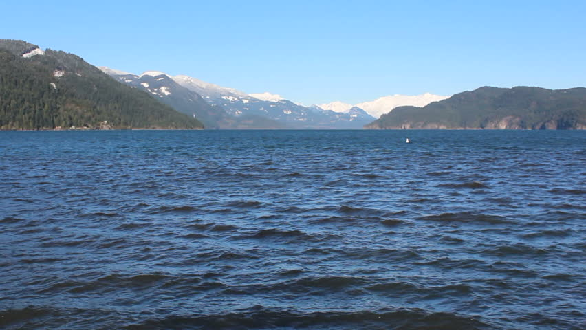 Lake Harrison, a large Canadian fresh water lake in southern British Columbia/Large Fresh Water Lake/Lake Harrison, one of the larger fresh water lakes in southern British Columbia.