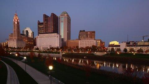 Day to night timelapse of Columbus, Ohio skyline 4K