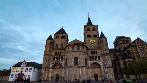 4K Hyperlapse of the Cathedral of Trier, Germany