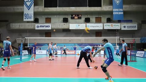 MOSCOW - NOV 5, 2016: Training before game of Russian Volleyball Championship Dynamo (Moscow) - Ural (Ufa) in Palace of Sports Dynamo