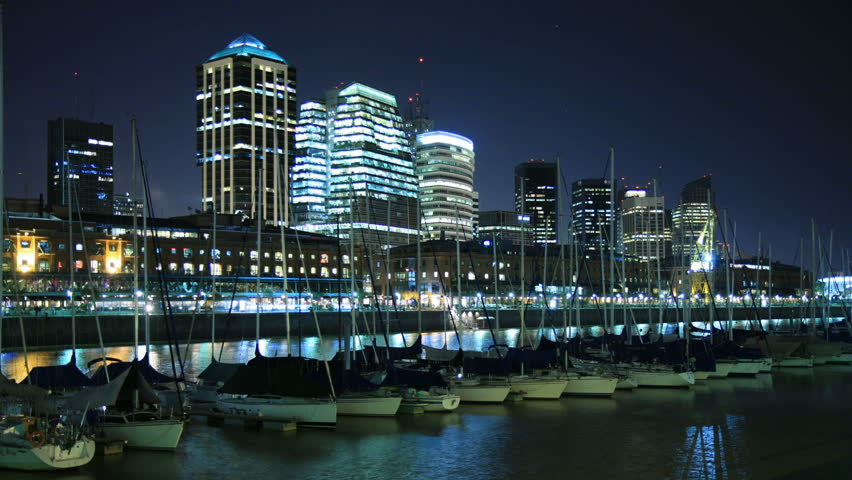 Puerto Madero harbor, Buenos Aires, at night. Photo time-lapse (Canon 40D).
