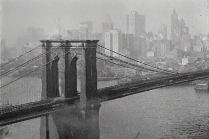 1910s - Excellent shots of New York City skyline and Brooklyn Bridge in 1919.