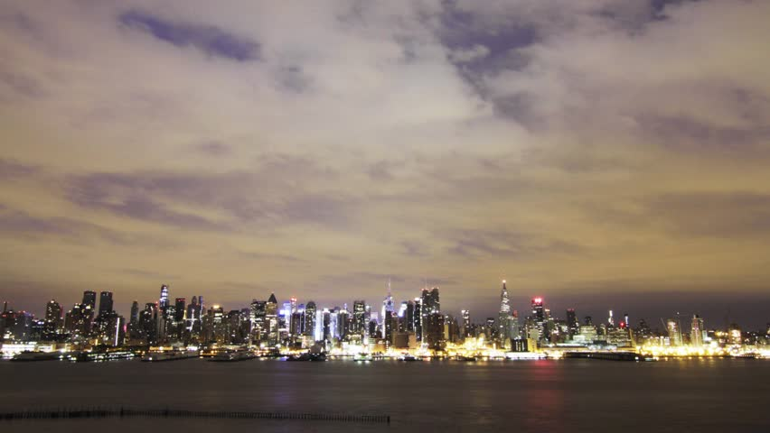 Time lapse video of finance and business center of maslakistanbul manhattan skyline the cruise ship arrives at the pier weehawken new jersey circa altavistaventures Images