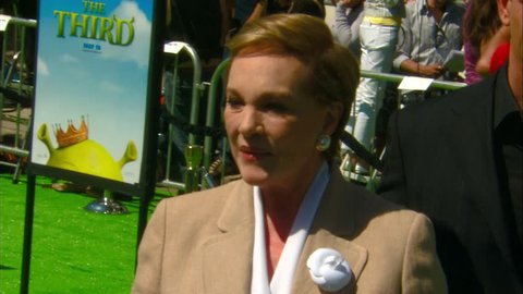LOS ANGELES - May 6, 2007: Julie Andrews and Rupert Everett at the Shrek the Third Premiere in the Village Theater in Los Angeles May 6, 2007