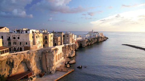 The old historic town of Vieste built into the Adriatic Sea on a dramatic promontory of Pizzomunno, Promontorio Del Gargano, Puglia, Italy